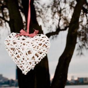 Hanging White Wicker Hearts